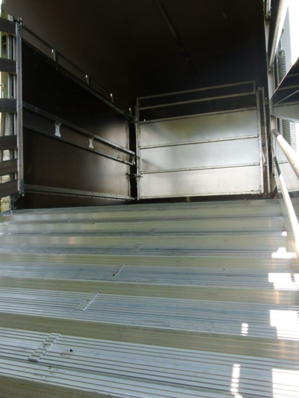 "Demountable Livestock Trailers - 6' 6"" Decks With Ramp"