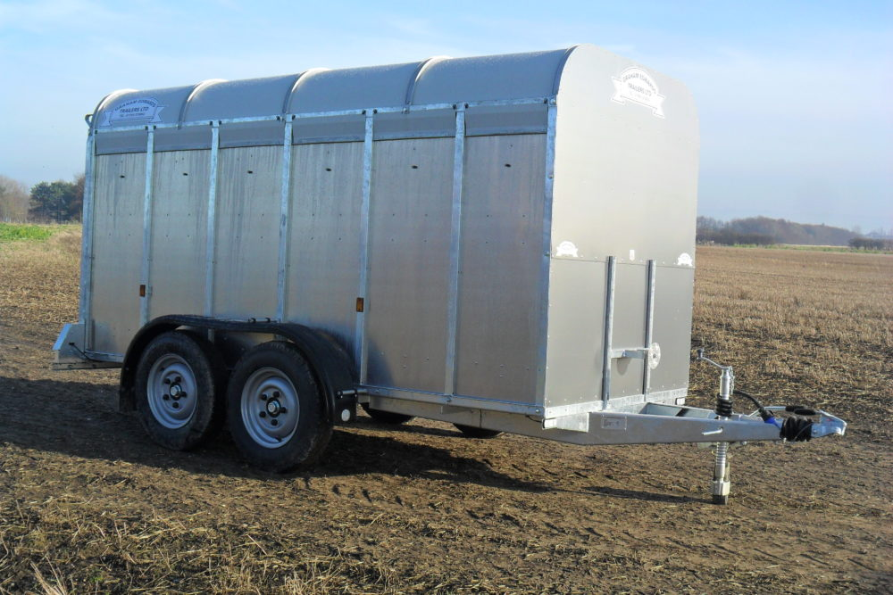 GET126 with Deck Livestock trailer 5ft 8in wide no deck