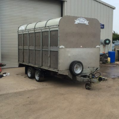 DM12 Demountable Livestock Trailer - 2011 Front