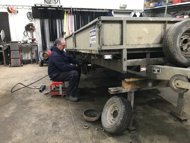 Shaun Servicing an Ifor Williams