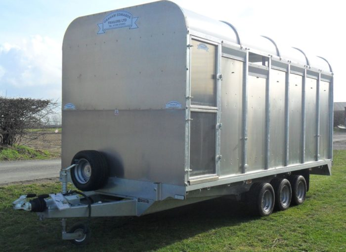 demountable 6ft 6in cattle trailer