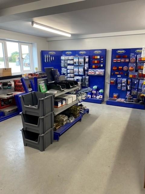Trailer Parts Shop